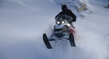 Snowmobile tours near Banff National Park